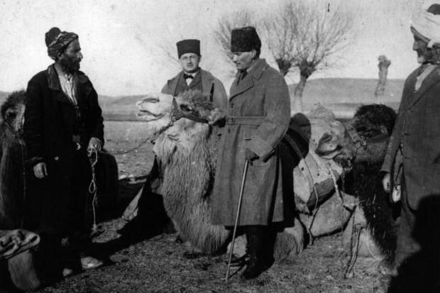 Sabia que o primeiro clube grego nasceu na Turquia?