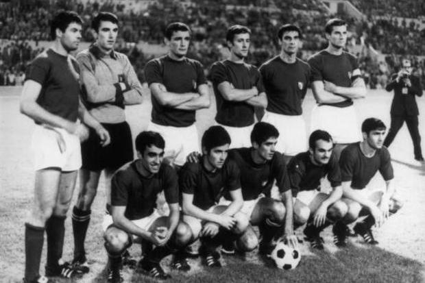 Itália x URSS: um finalista escolhido por moeda ao ar
