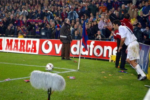 Barcelona x Real Madrid: O dia em que Figo viveu um inferno