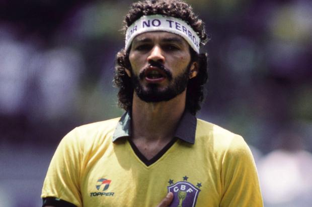 Sócrates Brasileiro: ídolo dentro e fora de campo