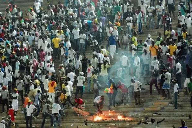 O desastre de Accra, o maior em um estádio de futebol africano