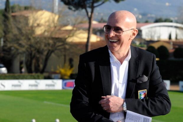 Arrigo Sacchi, o 'Mágico de Milão'