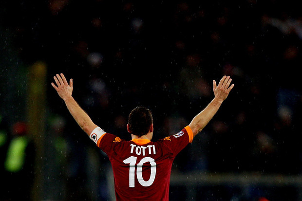 Totti, a bandeira de Roma
