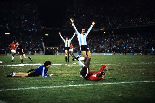 A goleada argentina e a polêmica eliminação brasileira na Copa de 78