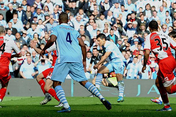 Manchester City x QPR: «Agüeroooooooooo!»