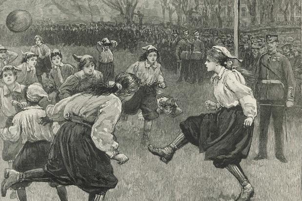 Futebol feminino: o primeiro jogo oficial da história