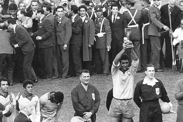 Brasil 3 x 1 Tchecoslováquia: o Brasil reinou sem o Rei