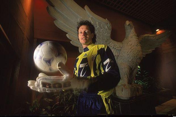 Preud'homme: No Benfica depois de ter sido o melhor guarda-redes do Mundial