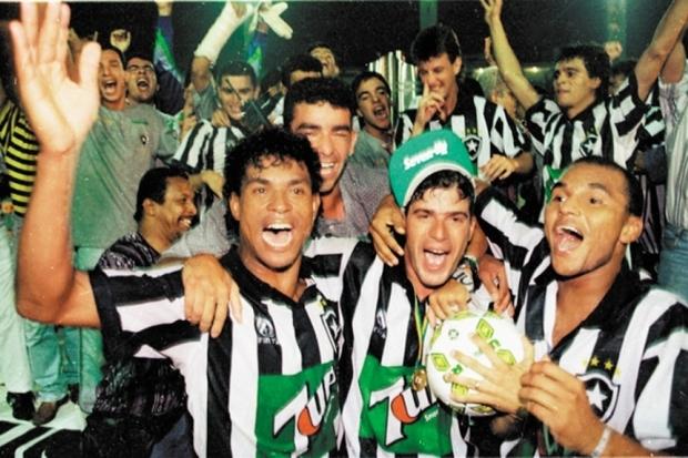 Botafogo 1 x 1 Santos: o polêmico título do Glorioso