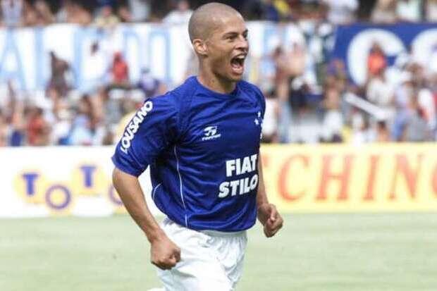 2003: Absoluto, Cruzeiro dá aula ao Brasil sobre a era dos pontos corridos