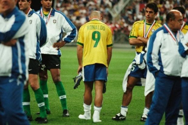 França 3 x 0 Brasil: a pane brasileira e o primeiro título francês