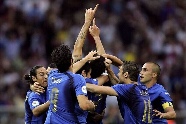 Itália 1 x 1 França: A Azzurra é tetra em dia de Materazzi x Zinedine Zidane