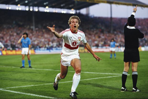 Napoli x Stuttgart: a vitória de Maradona