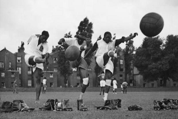 Futebol e colonialismo